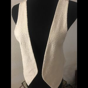 Creme vest with glass beads